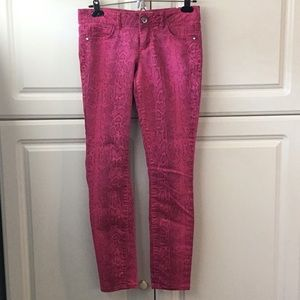 Ashley Lowrise Skinny Jeans Hot Pink. Size 3 RegJr
